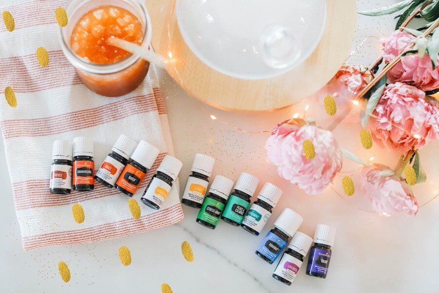 Young Living Premium Starter Kit Oils and Diffuser